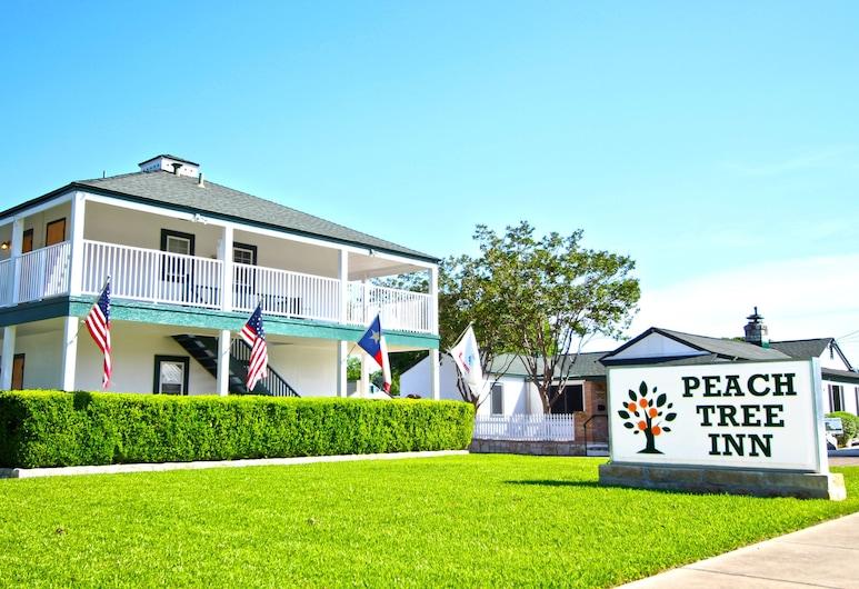 Peach Tree Inn & Suites, פרדריקסברג