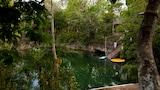 Hotel Leona Vicario - Vacanze a Leona Vicario, Albergo Leona Vicario