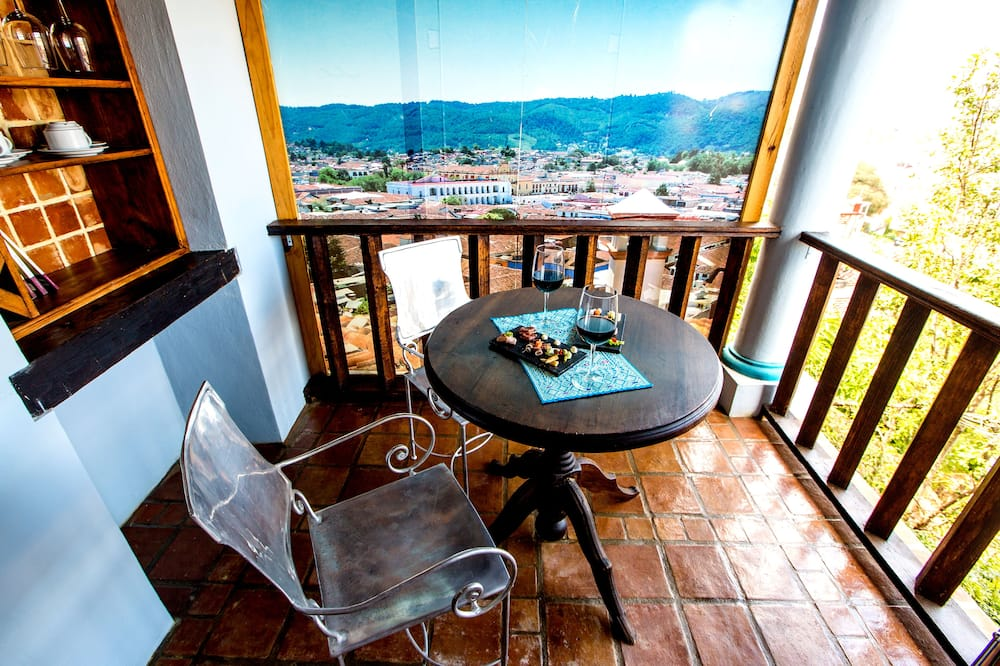 Honeymoon Suite - Balcony