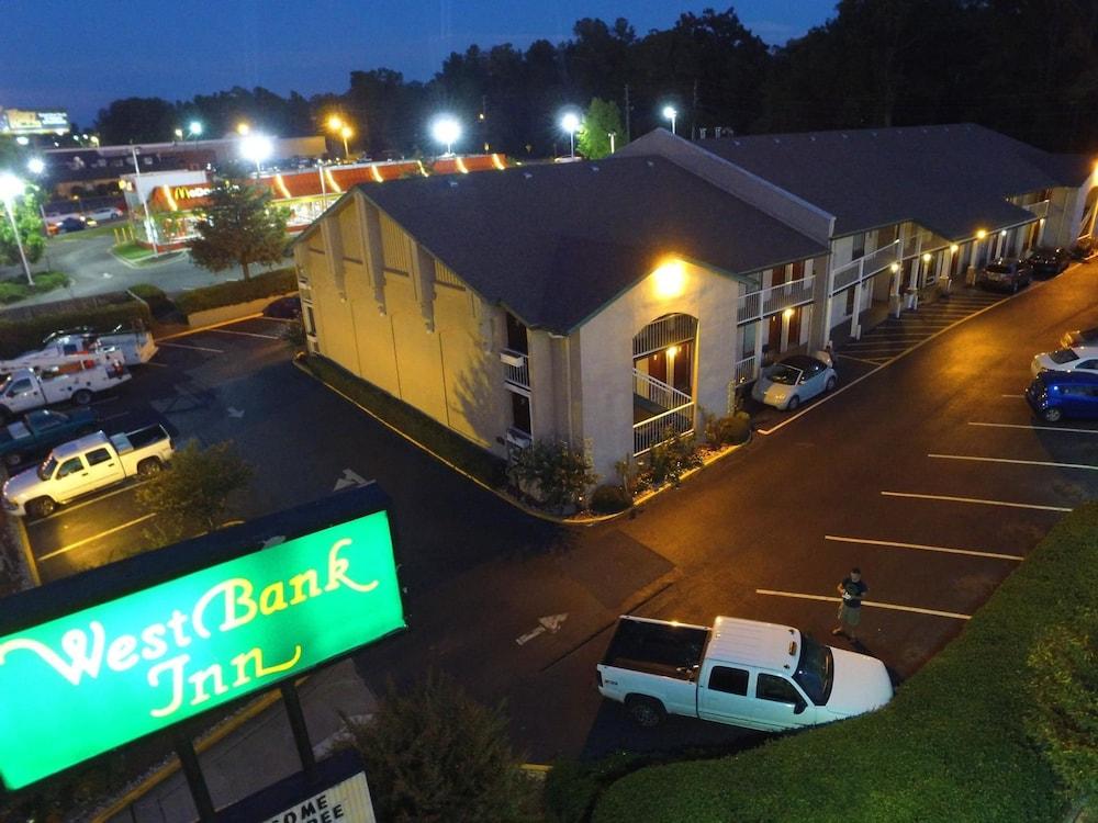 West Bank Inn, Augusta