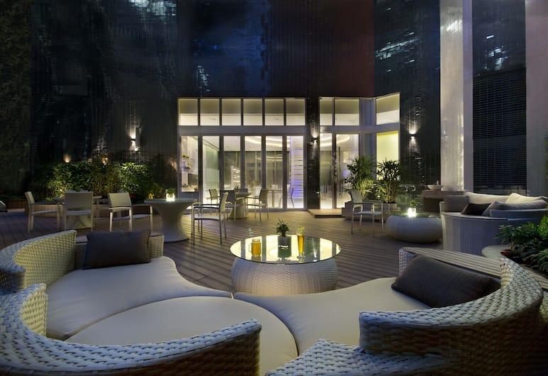 iclub Sheung Wan Hotel, Hong Kong, Courtyard