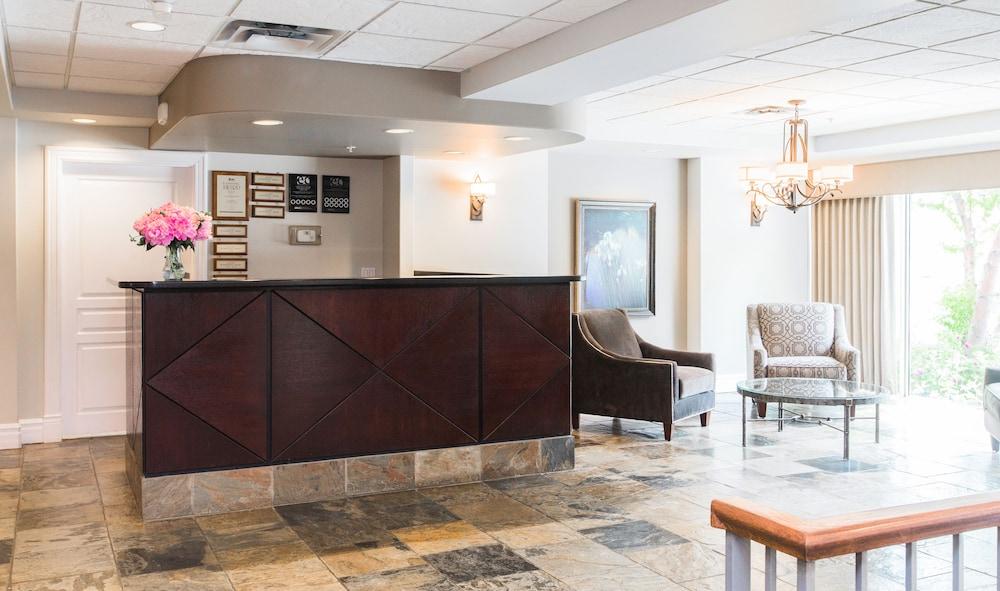 Canterra Suites Hotel Edmonton Reception