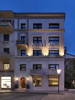 Picture of Posta Design Hotel in Como