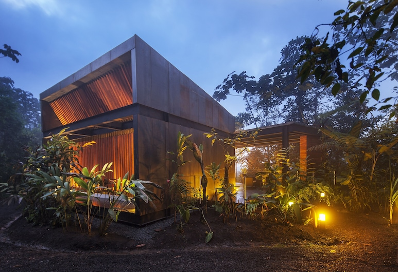 Mashpi Lodge, Mashpi, Front of property