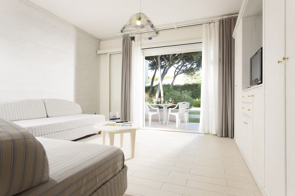 Quarto Familiar (3 people - beach access included) - Sala de Estar