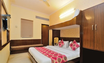Hotel Gold Regency @ New Delhi Station