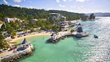 Choose This Beach Hotel in Montego Bay -  - Online Room Reservations