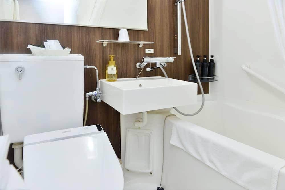 Economy Δίκλινο Δωμάτιο (Double), Καπνιστών - Μπάνιο