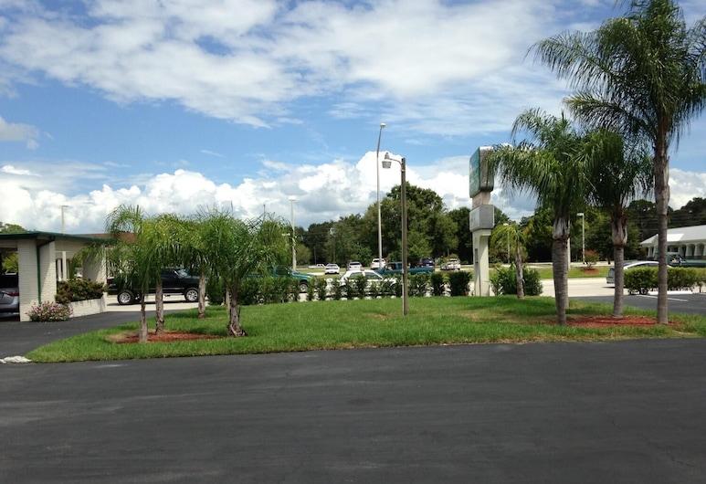 Economy Inn, Okeechobee, Khuôn viên nơi lưu trú