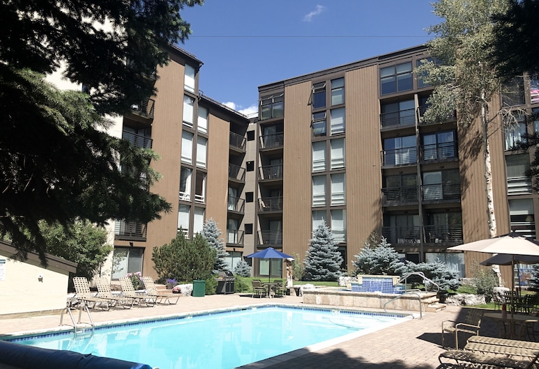 Vail International Condominiums, Vail