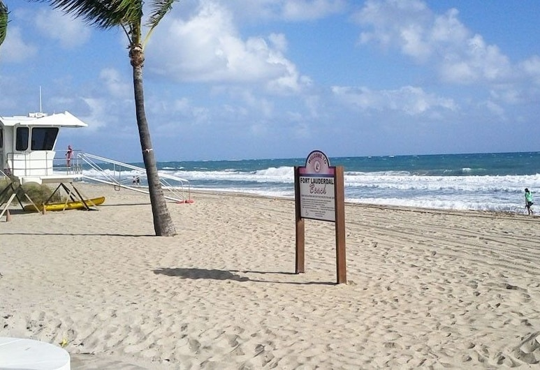 Tara A North Beach Village Resort Hotel, Fort Lauderdale, Pláž