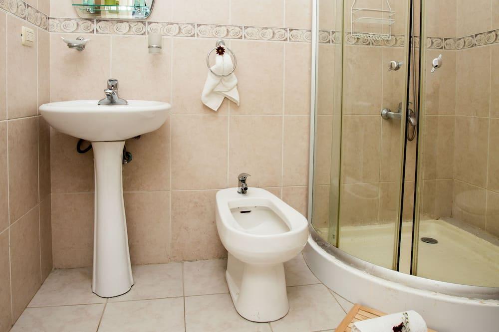 Single Room - Phòng tắm