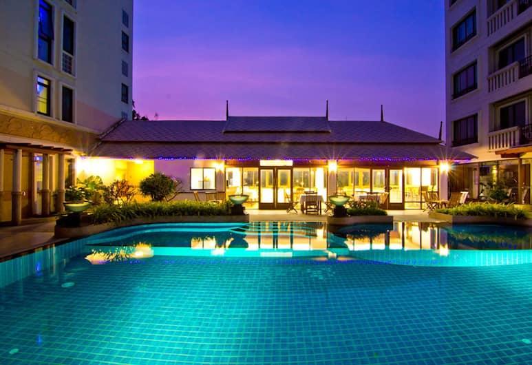 Lasalle Suites & Spa Hotel, Bangkok, Havuz