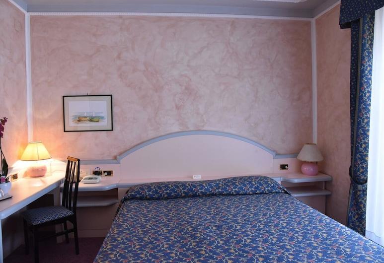Hotel Grazia Deledda, Sasaris, standartinis dvivietis kambarys, Svečių kambarys