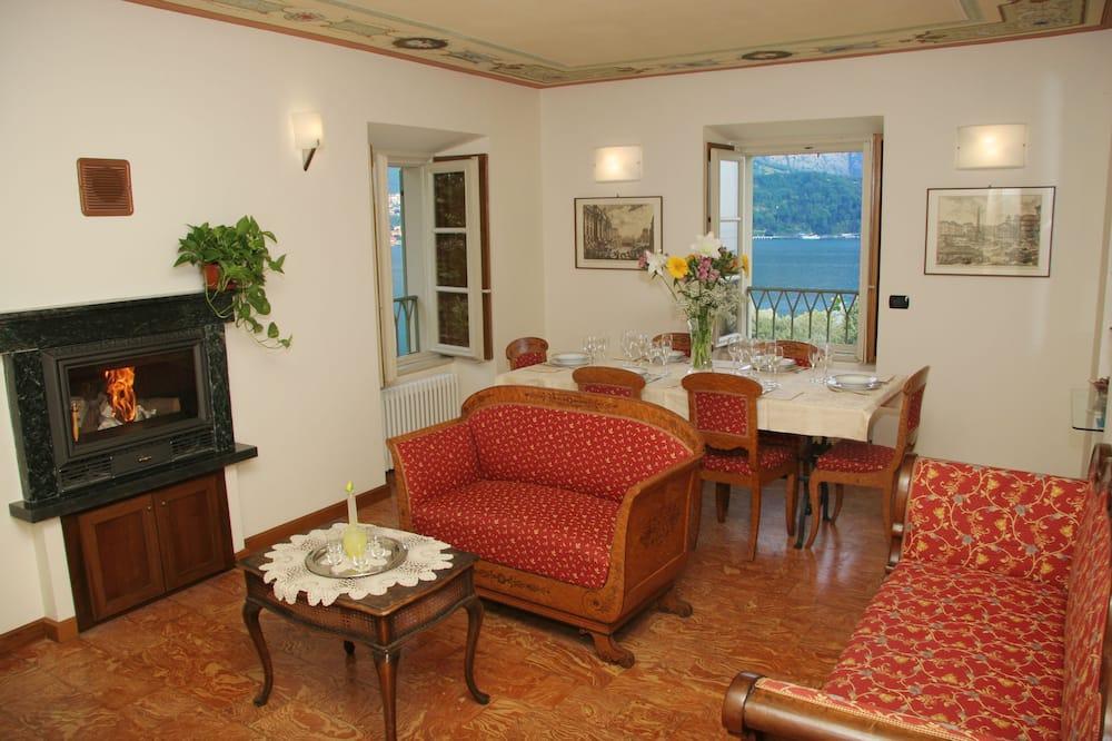 Apartament, 2 sypialnie, kominek, widok na jezioro (Gerom) - Powierzchnia mieszkalna