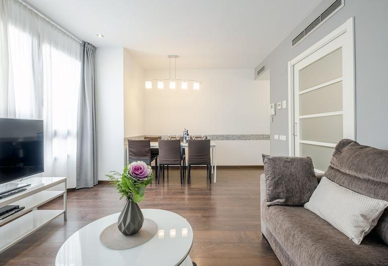 Bas Apartments Gracia, Barcelona, Superior Apartment, 3 Bedrooms, City View, Living Room