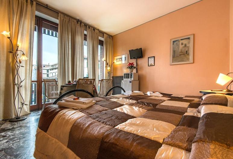 Soggiorno Fortezza Fiorentina, פירנצה, חדר סטנדרט לשלושה, חדר רחצה פרטי (External), חדר אורחים