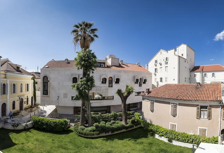 Hotel Marul, Split, Garden