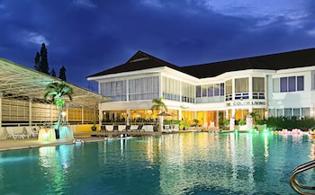 Picture of The Color Living Hotel in Samut Prakan