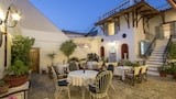 Hotels in Hydra,Hydra Accommodation,Online Hydra Hotel Reservations