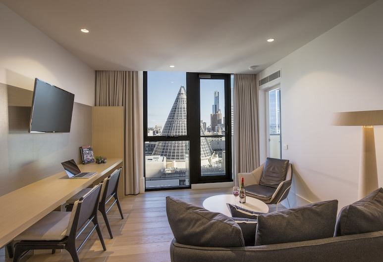 Brady Hotel Central Melbourne, Melbourne, Two Bedroom Family Apartment, Living Room