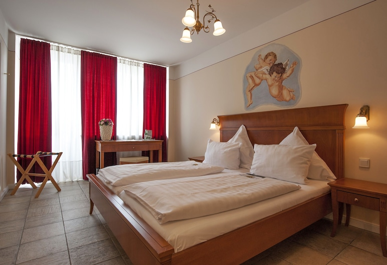 XII Apostel Hotel Albergo, Cologne, Double Room, Guest Room