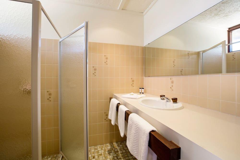 Queen and Single Sofa Room - Bathroom