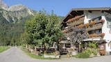 Choose This 3 Star Hotel In Oberstdorf