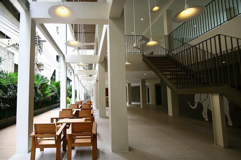 Book Chern Hostel In Bangkok Hotels Com