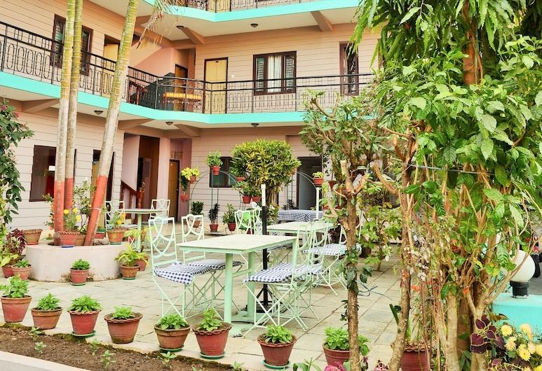 旅遊客棧酒店, 波哈拉