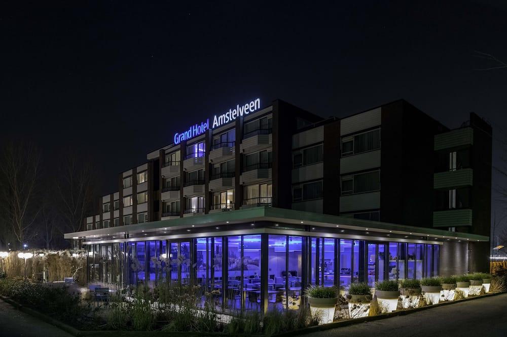واجهة الفندق