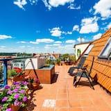 דירה אקסקלוסיבית, 2 חדרי שינה, טרסה, נוף לעיר - חדר אורחים