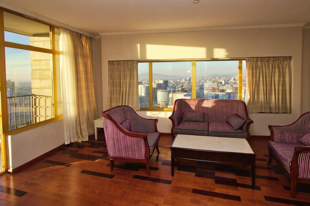 Apartmán typu Executive, 1 spálňa, balkón, výhľad na mesto - Obývačka