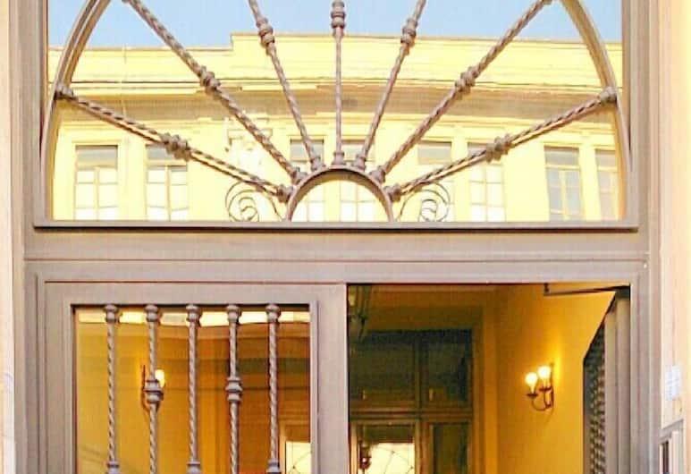 Laterano Inn, Rome, Hotel Entrance