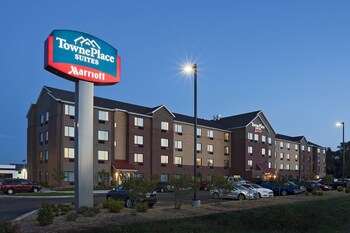 Top 10 Pet Friendly Hotels in Dodge City, Kansas | Hotels com