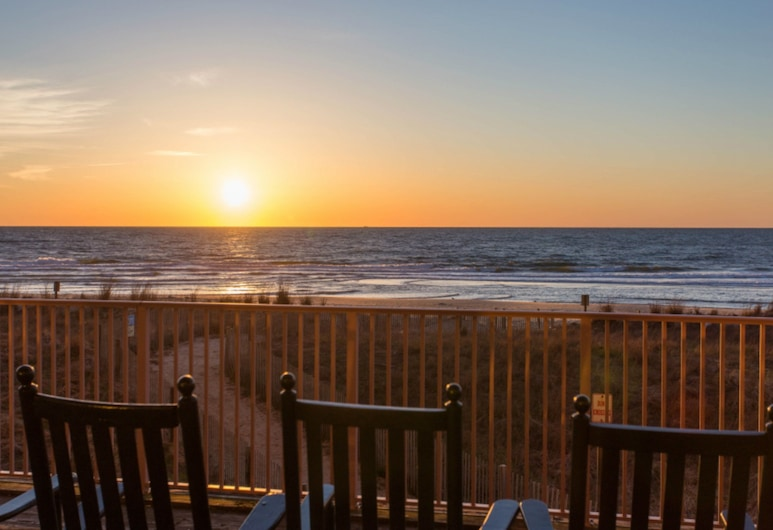Dunes Manor Hotel and Dunes Suites, Ocean City, Terrass