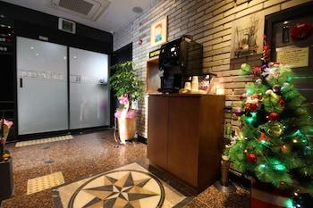 Фото The Hotel 7th у місті Пусан
