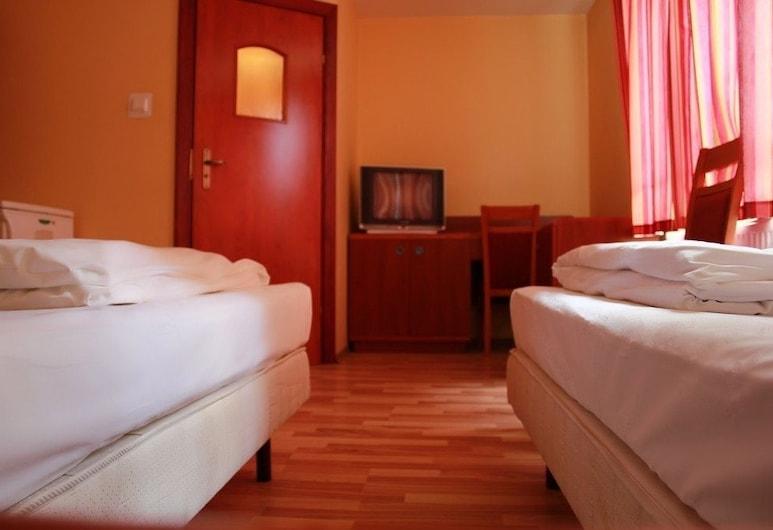 City Hostel, Ščecina, Divvietīgs numurs, koplietojuma vannasistaba, Viesu numurs