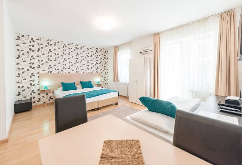 Prince Apartments, Budapest, Studio for 3 people, Living Area
