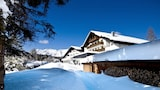 Choose This Business Hotel in Seefeld in Tirol -  - Online Room Reservations
