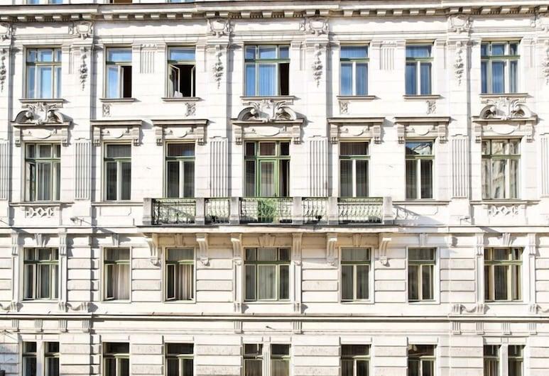 博斯托酒店, 維也納, 酒店入口