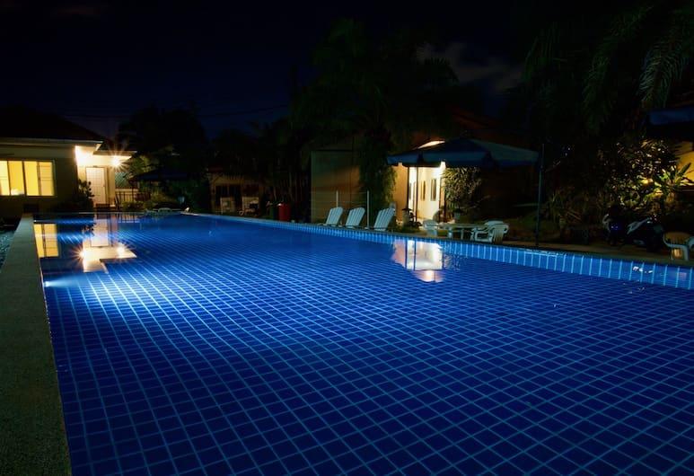 99 Residence Patong, Patong, Alberca