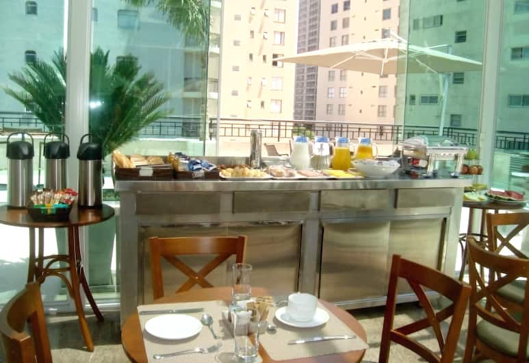 Upper Hotel, São Paulo, Salle de petit-déjeuner