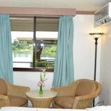 standartinis kambarys - Vaizdas iš svečių kambario