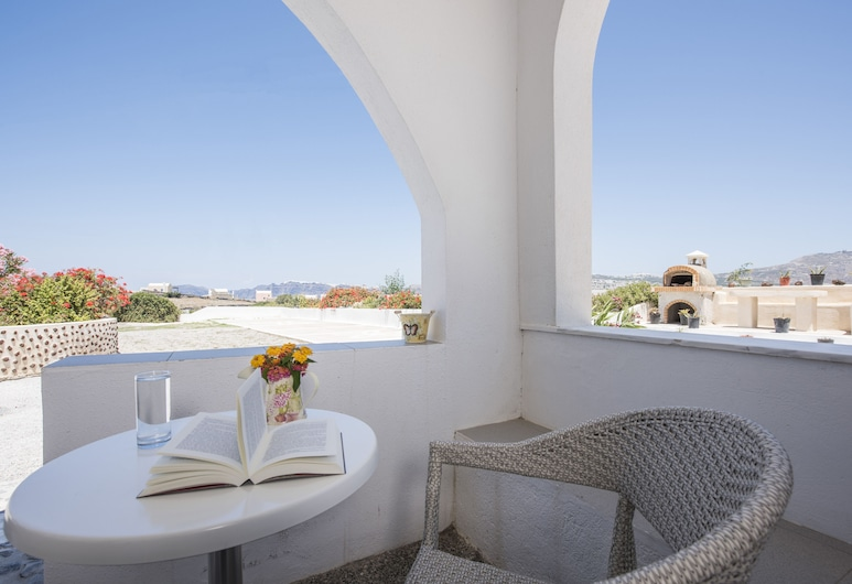 Thira's Dolphin, Santorini, Standard Double Room, Guest Room View