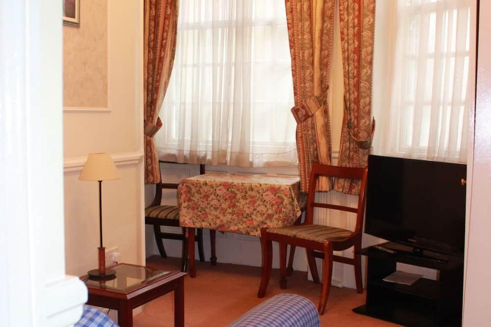 標準公寓, 2 間臥室 (1 Bathroom, 4 People, St3) - 客廳