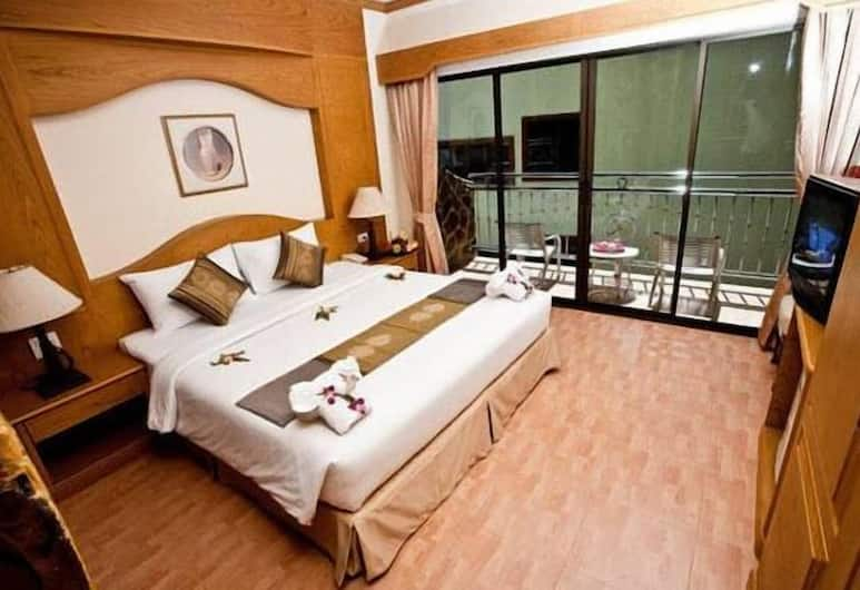 U Tai Tip Guest House, Patong, Standard Double Room, Guest Room