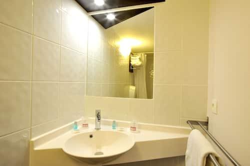 Brit Hotel Confort Lyon Dardilly In Dardilly Hotels Com