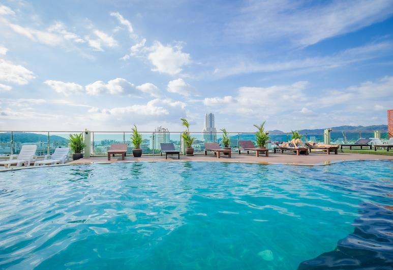 Add Plus Hotel & Spa, Patong, Zwembad op dak