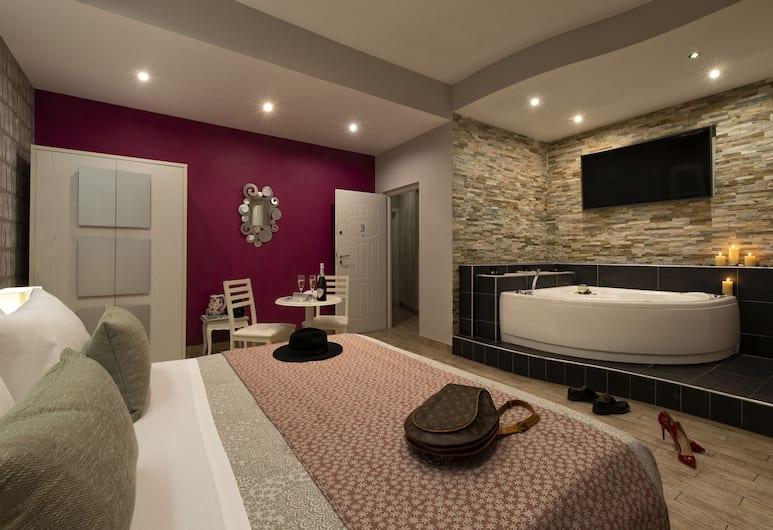 Five Rooms Rome, Roma, Kamar Triple Superior, hot tub, Kamar Tamu